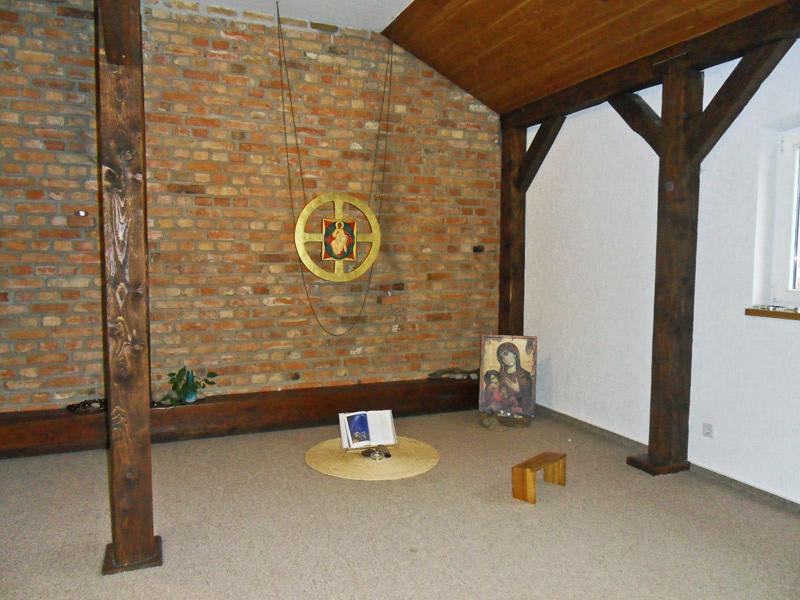 Meditationsraum − Erstes Obergeschoß Raum Für Gestalterische Arbeiten −  Zweites Obergeschoß Kleine Gästebibliothek − Erstes Obergeschoß